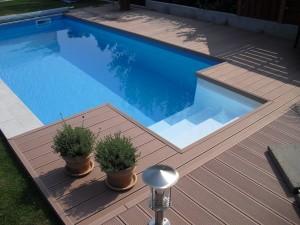 Pool Selbstbau mit griechischer Treppe